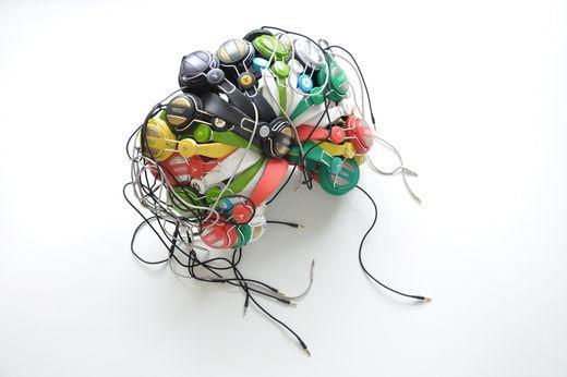 the crone, leyla rodriguez, isle of lox, various headphones crone